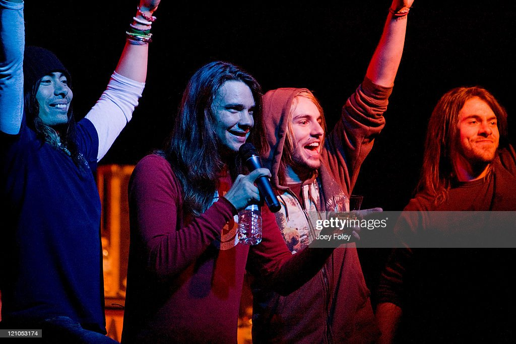 The Red Jumpsuit Apparatus, Tickle Me Pink and The Becoming in ...