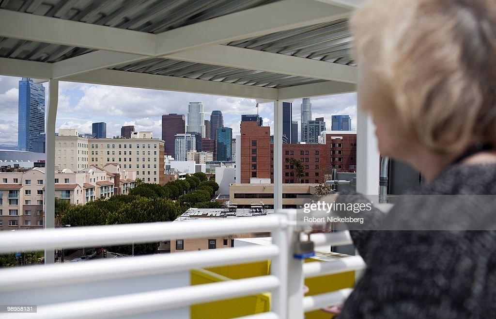 Downtown Los Angeles Apartments Low Income apartment top