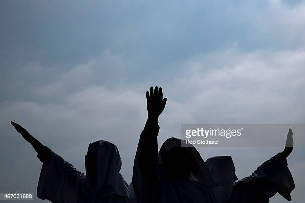 Members of The Druid Order celebrate the Spring Equinox with a ceremony at Tower Hill on March 20 2015 in London England The Spring Equinox which...