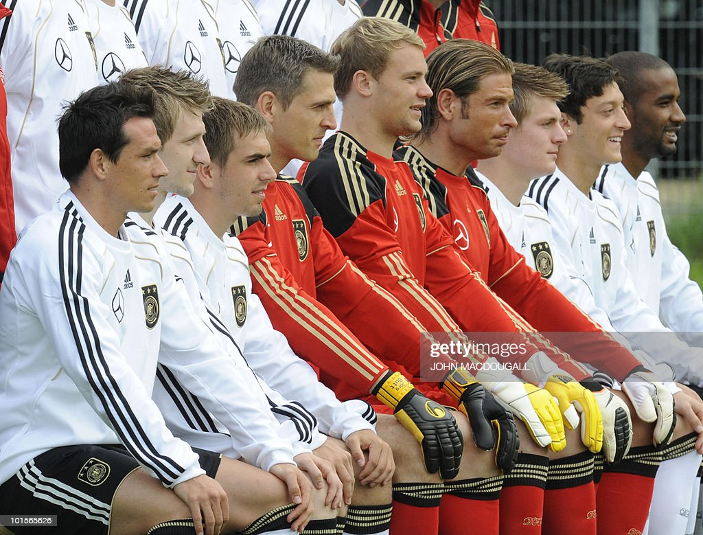 Members of the German football team pose for a team photo in Frankfurt June 2, 2010. (Front row, from L) Piotr Trochowski, Marko Marin, Philipp Lahm, Joerg Butt, Manuel Neuer, Tim Wiese, Toni Kroos, Mesut Oezil and Cacau.