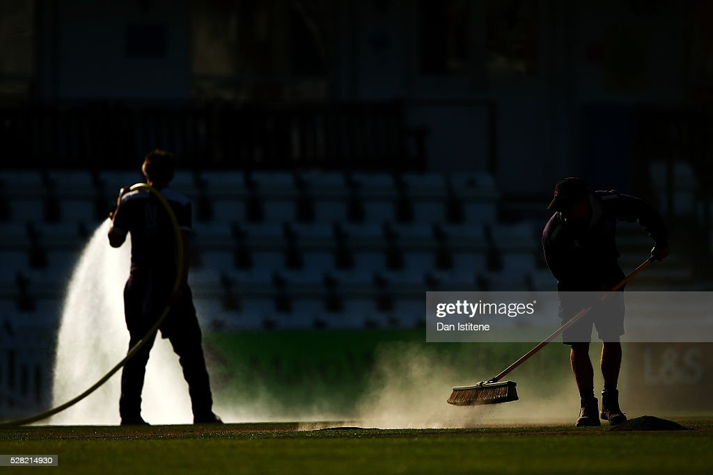 Members of the groundstaff work on the field after the Specsavers County Championship Division Two match between Sussex and Leicestershire at The 1st Central County Ground on May 4, 2016 in Hove, England.