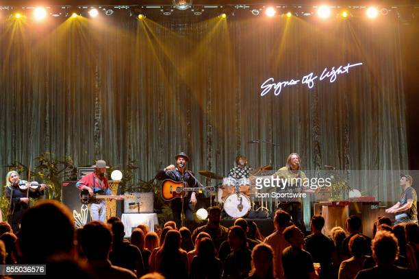 Members of The Head and the Heart perform during the Signs of Light tour on September 26 2017 at Massey Hall in Toronto ON Canada
