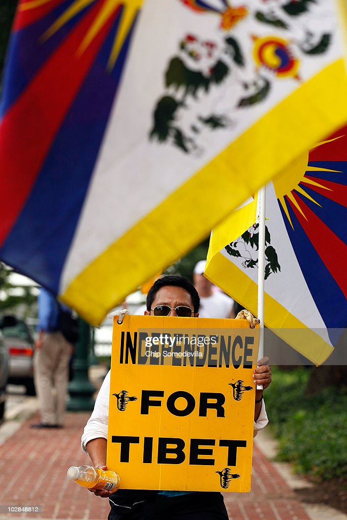 Tibet Activists Hold Rally After March From Philadelphia | Getty ...