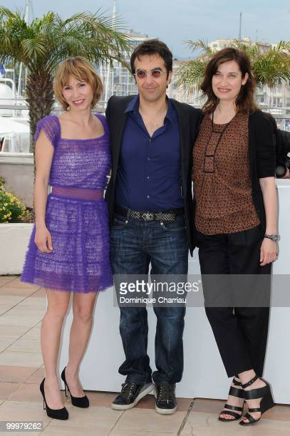 Members of the jury Dinara Droukarova Emmanuelle Devos and President of the Jury Atom Egoyan attend Cinefondation Photo Call held at the Palais des...