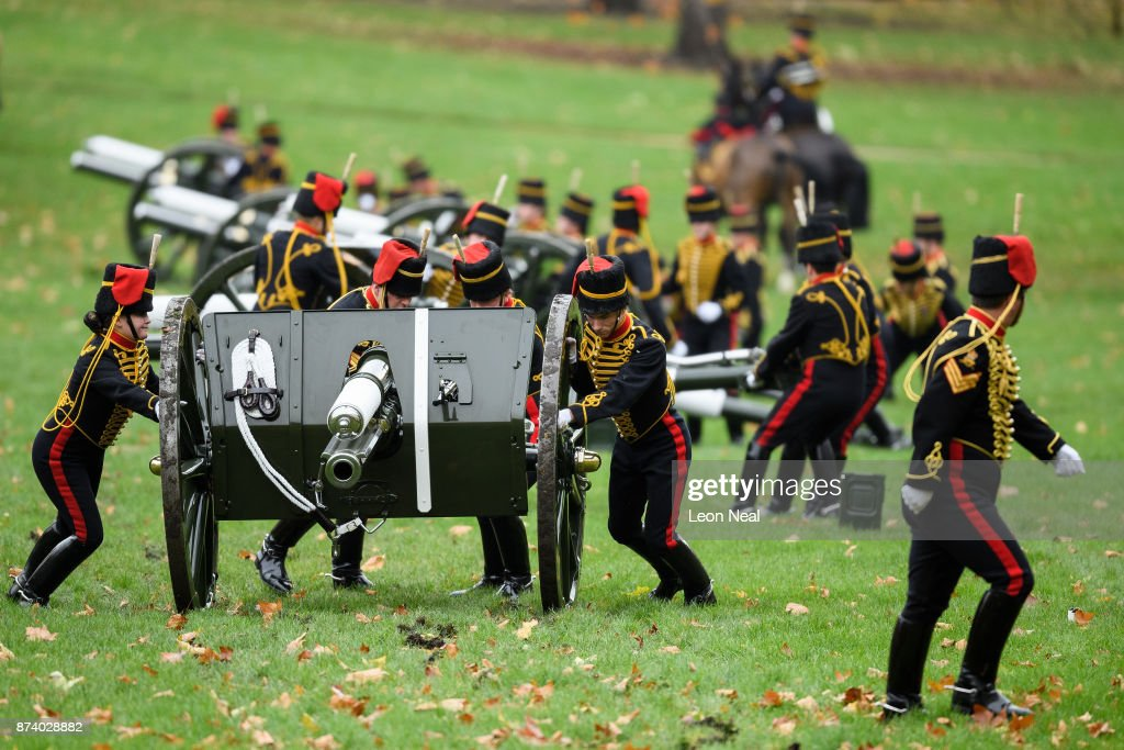 Members of the King's Troop Royal Horse Artillary prepare the guns ahead of a 41-gun salute to mark the 69th birthday of the Prince of Wales at Green Park on November 14, 2017 in London, England. Six First World War-era 13 pounder Field Guns were used to fire the salute, while another gun salute took place at the Tower of London.