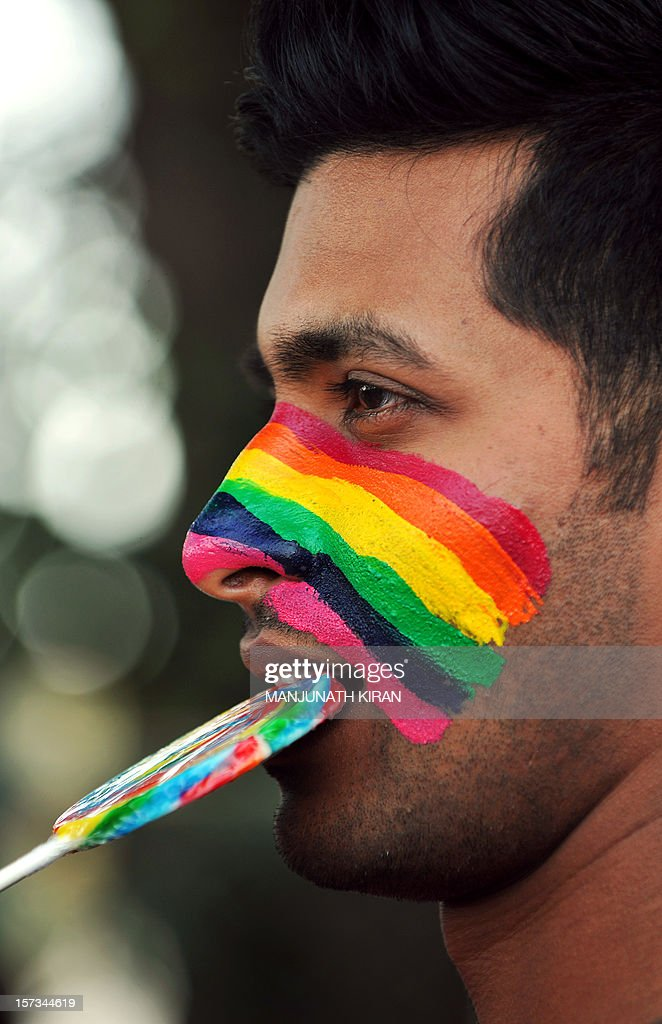 Members of the LGBT (Lesbian, Gay, Bi-sexual and Transgender) community take part in the Bangalore Queer Pride Parade 2012 on December 2, 2012. The march marks the end of the annual 10-day Bengaluru Pride and Karnataka Queer Habba 2012. AFP PHOTO/Manjunath KIRAN