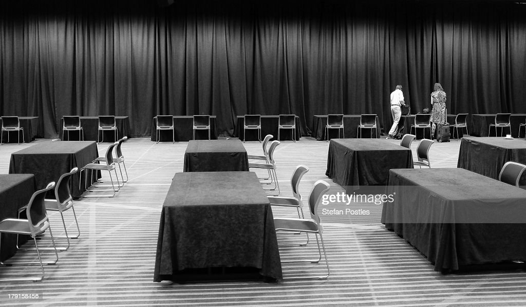 Members of the media begin arriving at the Brisbane Convention and Exhibition Centre for the Labor Party launch on September 1, 2013 in Brisbane, Australia. Australian voters will head to the polls on September 7 to elect the 44th parliament.