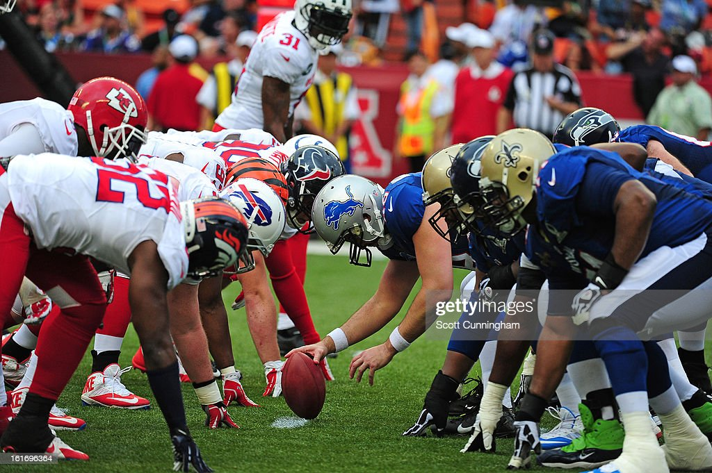 Members of the National Football Conference line up for a kick against the American Football Conference team during the 2013 Pro Bowl at Aloha Stadium on January 27, 2013 in Honolulu, Hawaii
