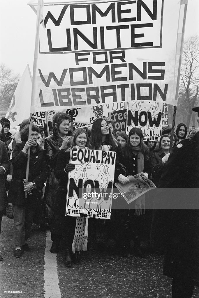 an overview of the womens liberation and the womens rights The collective published 16 issues written by and for young women with an emphasis on topics like contraception, abortion, sexuality, lesbianism / queer issues, violence against women, women culture / music etc, skill sharing (eg how to form a band, a women's group etc), racism and women's rights.