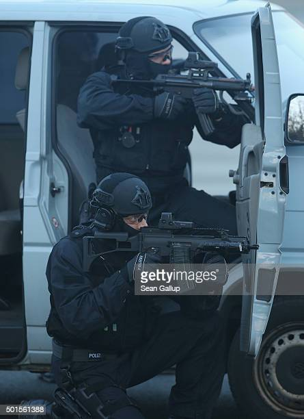 Members of the new BFEplus antiterror unit of the German federal police take part in a capabilities demonstration at a police training facility on...
