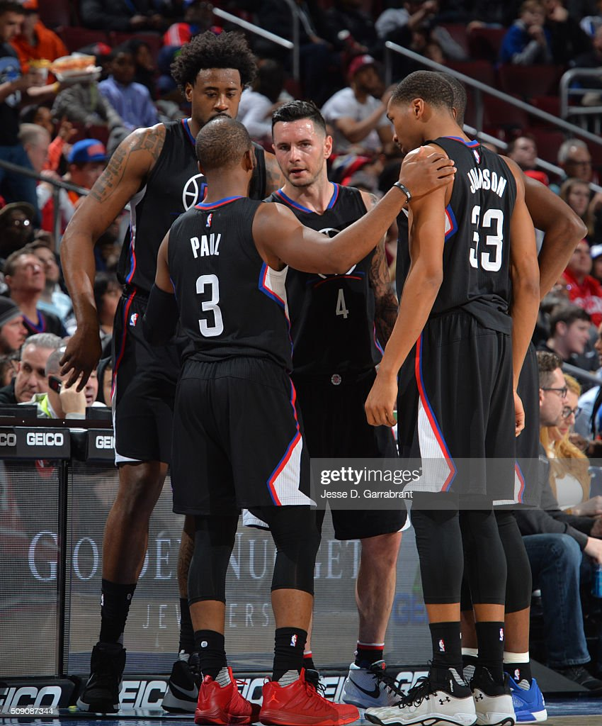 Members of the of the Los Angeles Clippers gather during a time out against the Philadelphia 76ers at Wells Fargo Center on February 8, 2016 in Philadelphia, Pennsylvania