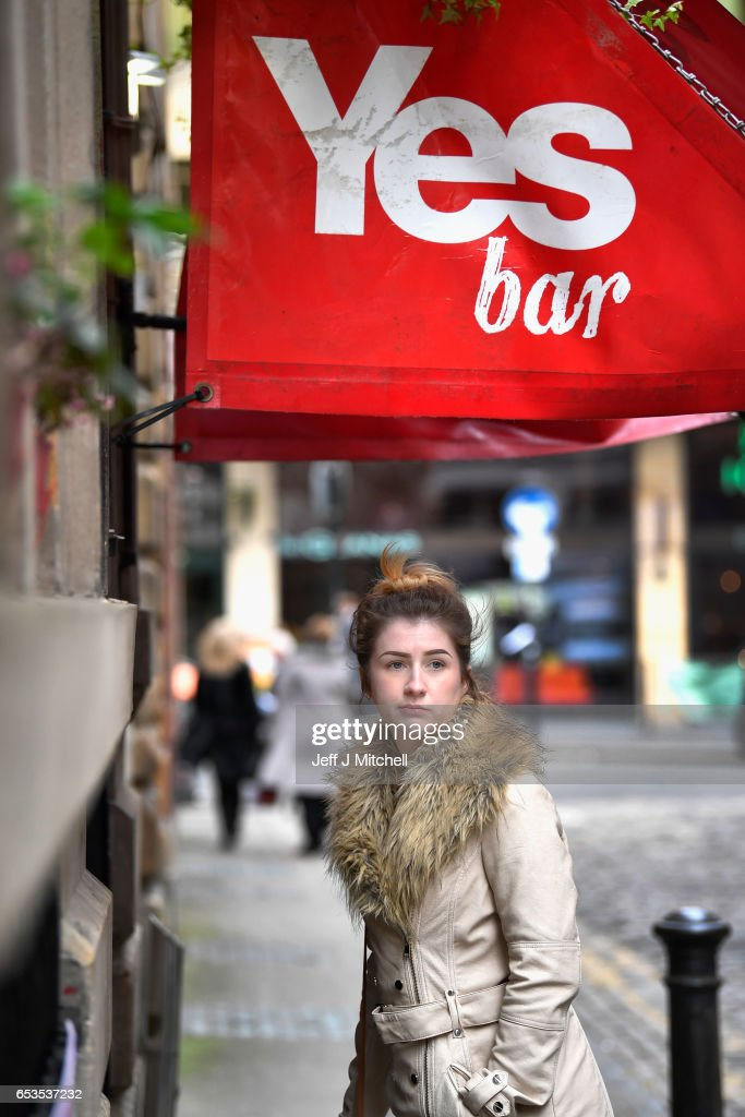 Members of the public stand outside the Yes Bar on March 15, 2017 in Glasgow, Scotland.Scotland's First Minister Nicola Sturgeon has confirmed she will ask for permission to hold a second Scottish independence referendum.