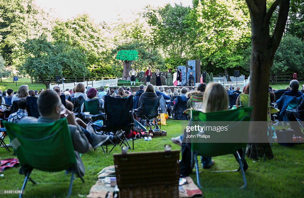 Backyard Theater Ensemble :  Shakespeare Outdoor Theatre Production By Chapterhouse Theatre Company