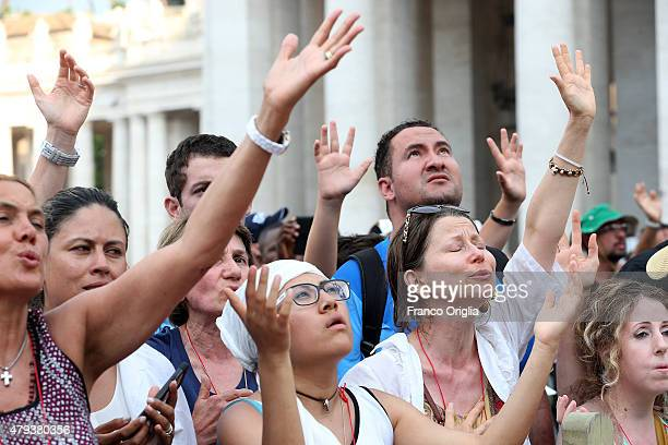 Members of the Renewal of the Holy Spirit who have come to Rome for their 38th annual Convocation attend an audience held by Pope Francis in St...