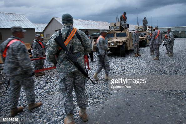 Members of the US Army Headquarters Headquarters Company 45th ...