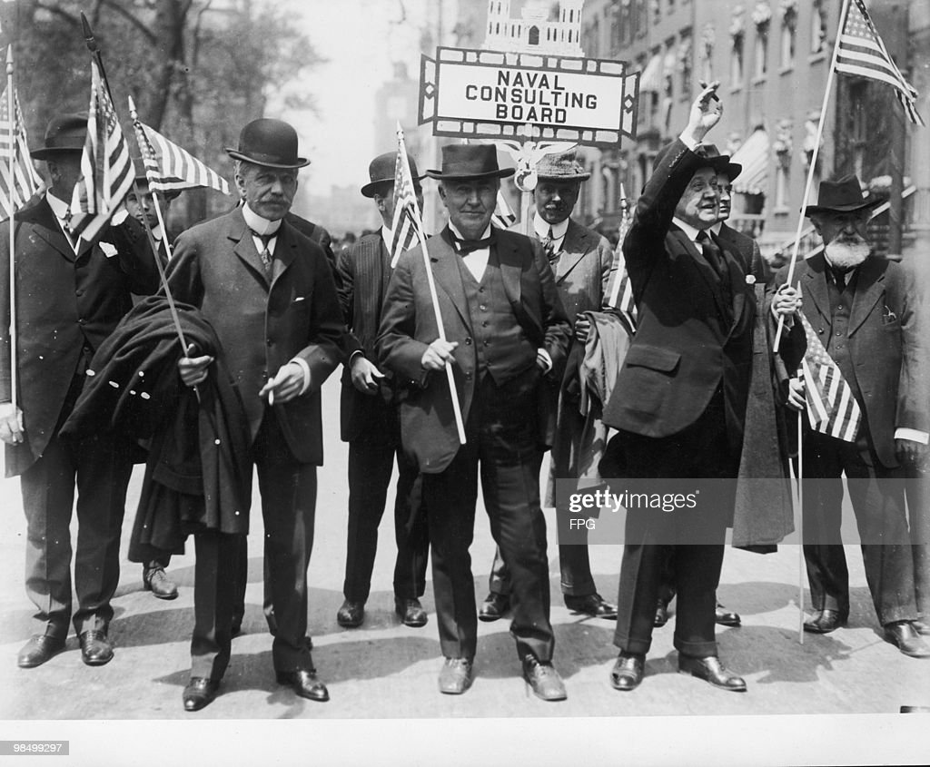 Members of the U.S. Naval Consulting Board, left to right: electrical engineer Peter Cooper Hewitt (1861 - 1921), inventor <a gi-track='captionPersonalityLinkClicked' href=/galleries/search?phrase=Thomas+Edison&family=editorial&specificpeople=69990 ng-click='$event.stopPropagation()'>Thomas Edison</a> (1847 - 1931) and chairman William Lawrence Saunders, circa 1915. The Naval Consulting Board was established in 1915 to promote technical innovation with regard to naval warfare.