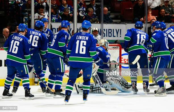 Members of the Vancouver Canucks wear Trevor Linden jerseys prior to their game against the Edmonton Oilers at General Motors Place on December 17...