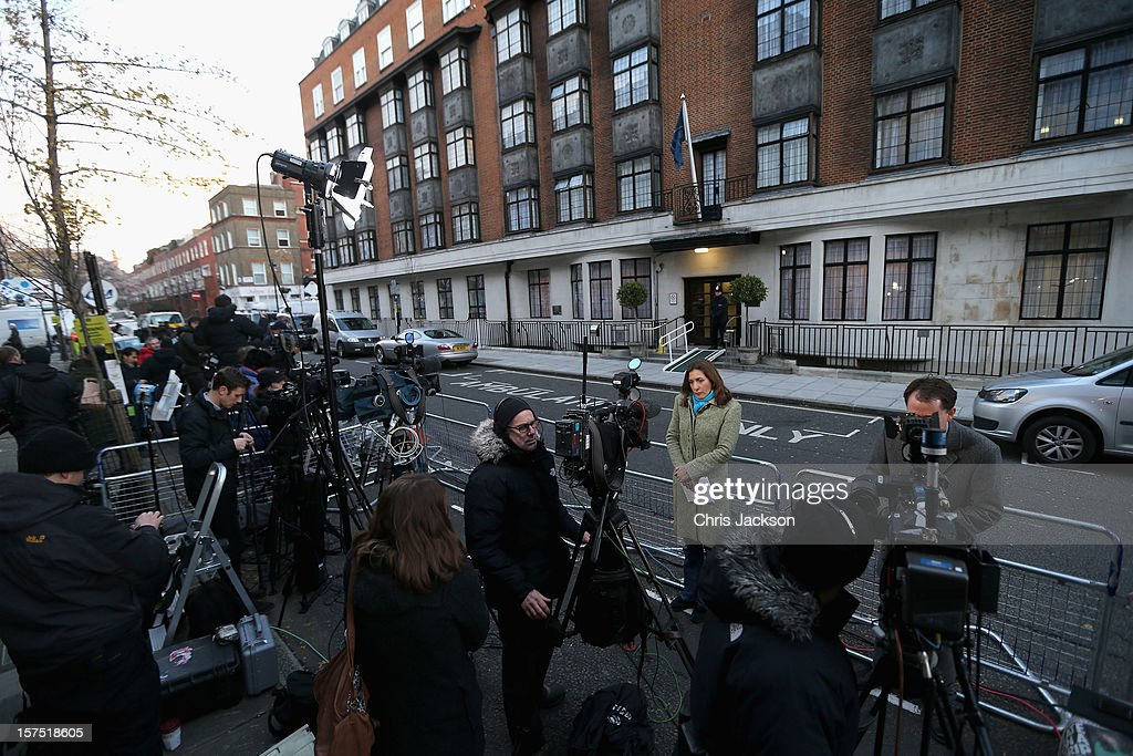 Members of the world's media gather as a policeman stands guard in the early morning at the King Edward VII Private Hospital on December 4, 2012 in London, England. Catherine, Duchess of Cambridge spent her first night in the hospital after yesterday's announement of her pregnancy and the fact she was suffering from hyperemesis gravidarum or acute morning sickness.