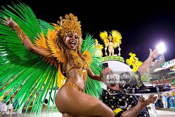 Members of Uniao da Ilha samba school perform during its parade at 2014 Brazilian Carnival at Sapucai Sambadrome on March 03 2014 in Rio de Janeiro...
