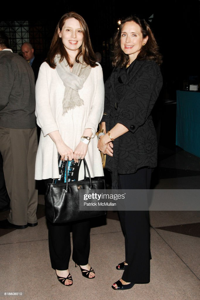 Meme Peponis and Diana Dye attend EAST SIDE HOUSE SETTLEMENT Gala Preview of the 2010 NEW YORK INTERNATIONAL AUTO SHOW at Javits Center on April 1, 2010 in New York City.