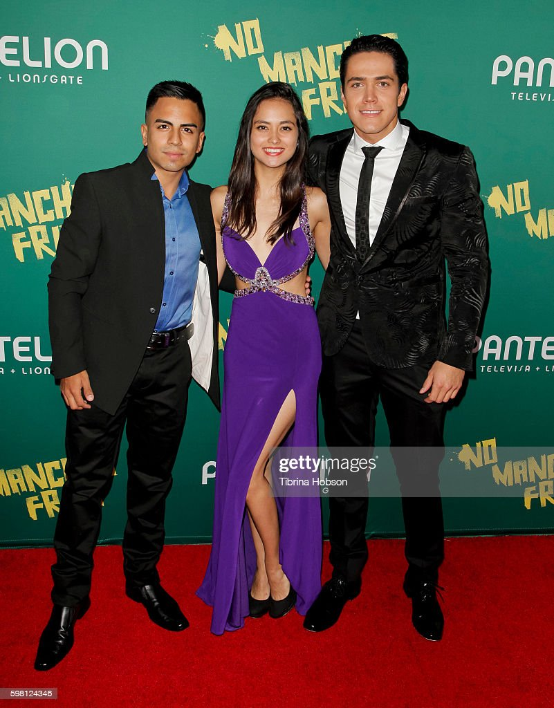 http://media.gettyimages.com/photos/memo-dorantes-karen-furlong-and-mario-moran-attend-the-premiere-of-picture-id598124346