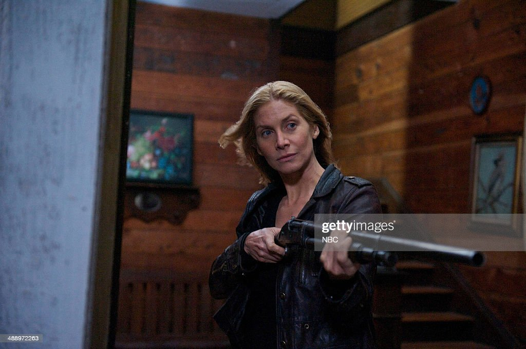 REVOLUTION -- 'Memorial Day' Episode 221 -- Pictured: <a gi-track='captionPersonalityLinkClicked' href=/galleries/search?phrase=Elizabeth+Mitchell&family=editorial&specificpeople=2436267 ng-click='$event.stopPropagation()'>Elizabeth Mitchell</a> as Rachel Matheson --