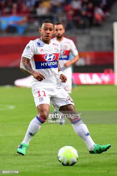 Memphis Depay of Lyon during the Ligue 1 match between Stade Rennais and Olympique Lyonnais at Roazhon Park on August 11 2017 in Rennes