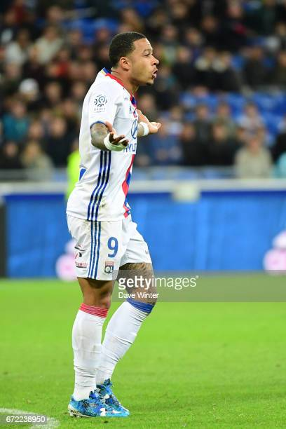 Memphis Depay of Lyon reacts during the Ligue 1 match between Olympique Lyonnais and AS Monaco at Stade des Lumieres on April 23 2017 in...