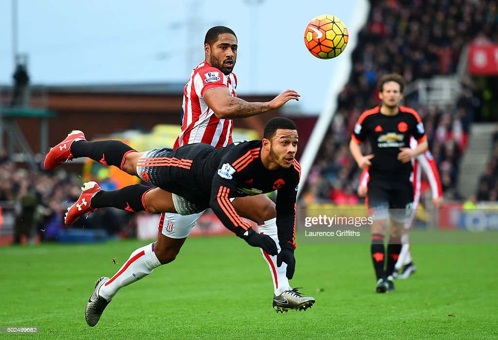 Stoke City v Manchester United - Premier League