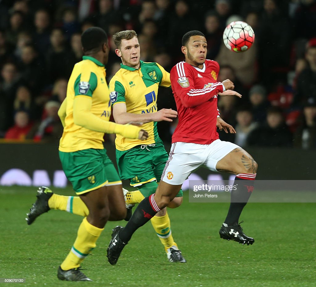 <a gi-track='captionPersonalityLinkClicked' href=/galleries/search?phrase=Memphis+Depay&family=editorial&specificpeople=7189987 ng-click='$event.stopPropagation()'>Memphis Depay</a> of Manchester United U21s in action with Joe Crowe of Norwich City U21s during the U21 Premier League match between Manchester United U21s and Norwich City U21s at Old Trafford on February 8, 2016 in Manchester, England.