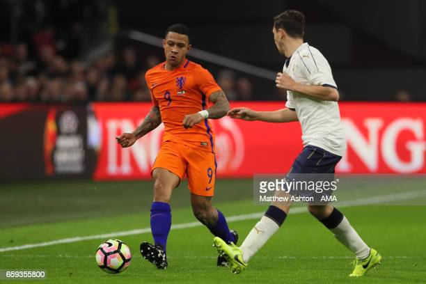 Memphis Depay of Netherlands in action during the international friendly match between Netherlands and Italy at Amsterdam ArenA on March 28 2017 in...