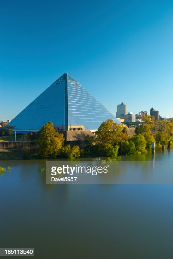 Memphis pyramid and skyline