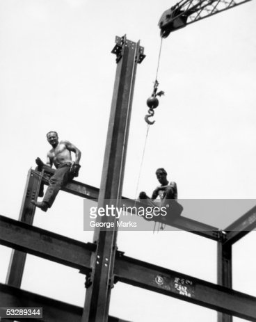 Men at construction site : Stockfoto