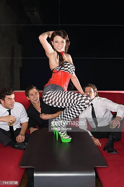Sesso estremo foto e immagini stock getty images - Video sesso sul tavolo ...