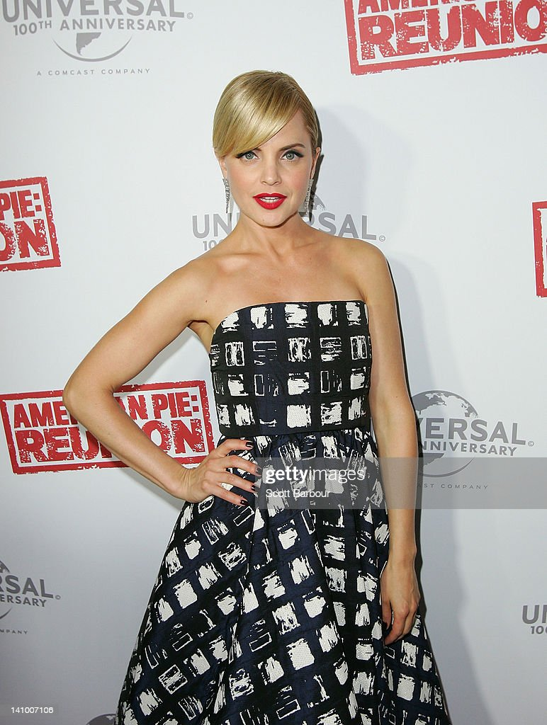 Mena Suvari arrives at the Australian premiere of 'American Pie: Reunion' on March 7, 2012 in Melbourne, Australia.