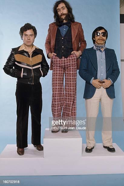 Men's Fashion France Paris 1973 Les pionniers du prêtàporter masculin qui ont révolutionné la mode 'HOMME' Michel RENOMA mains dans les poches de son...