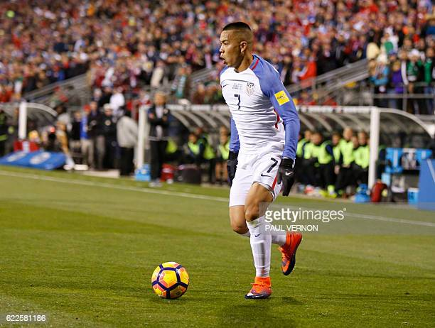 US men's national team forward Bobby Wood controls the ball against the Mexico men's national team during the 2018 FIFA World Cup qualifying match in...