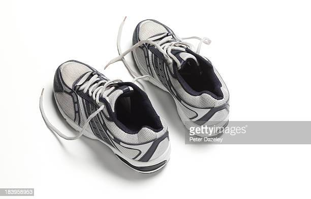 Mens' trainers