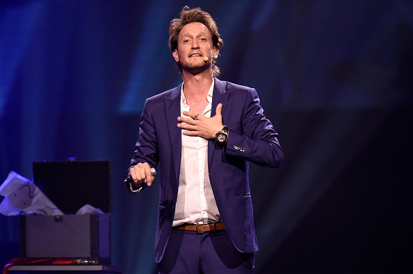 Lior Suchard Tour