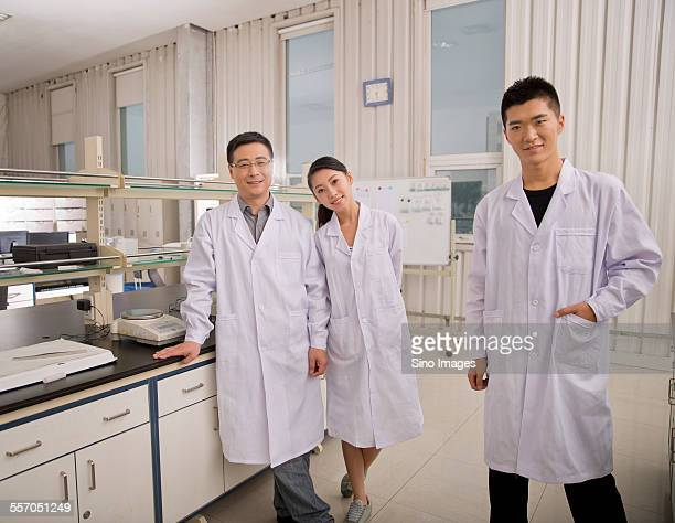 Mentor and Students in Chemistry Lab