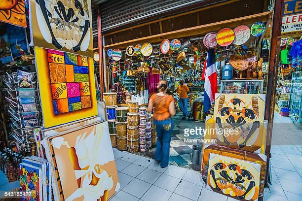 Mercado (market) Modelo, sellers