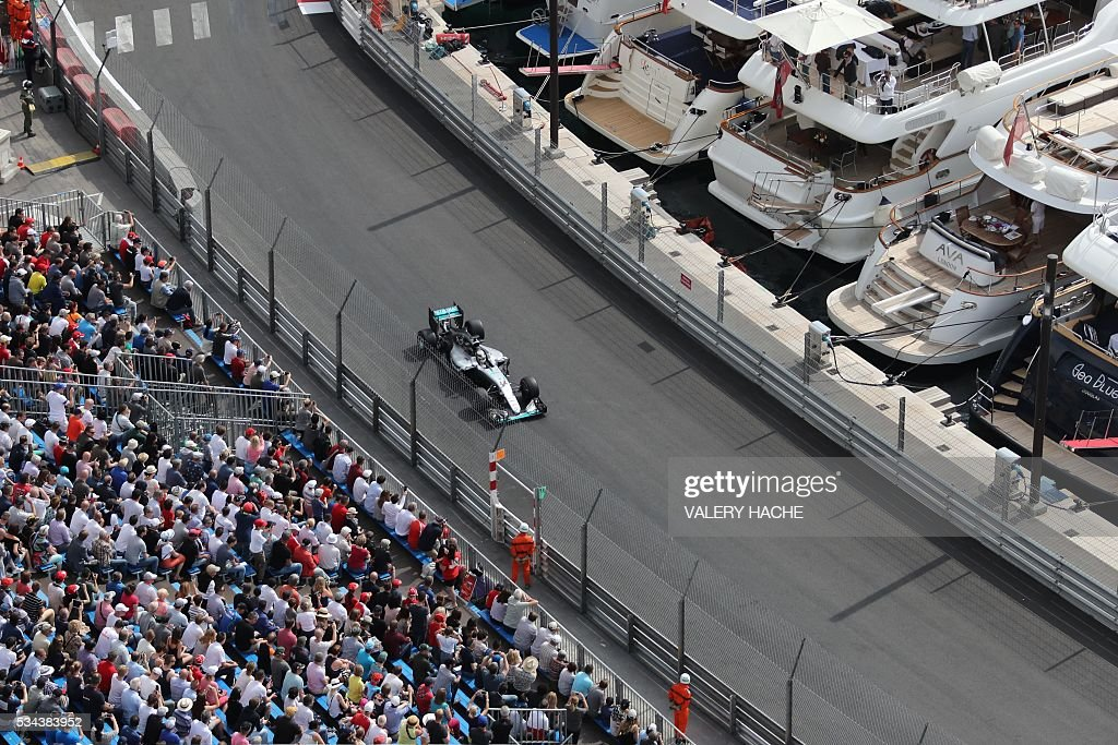 Mercedes AMG Petronas F1 Team's British driver Lewis Hamilton drives during the first practice session at the Monaco street circuit, on May 26, 2016 in Monaco, three days ahead of the Monaco Formula 1 Grand Prix. / AFP / Valery HACHE
