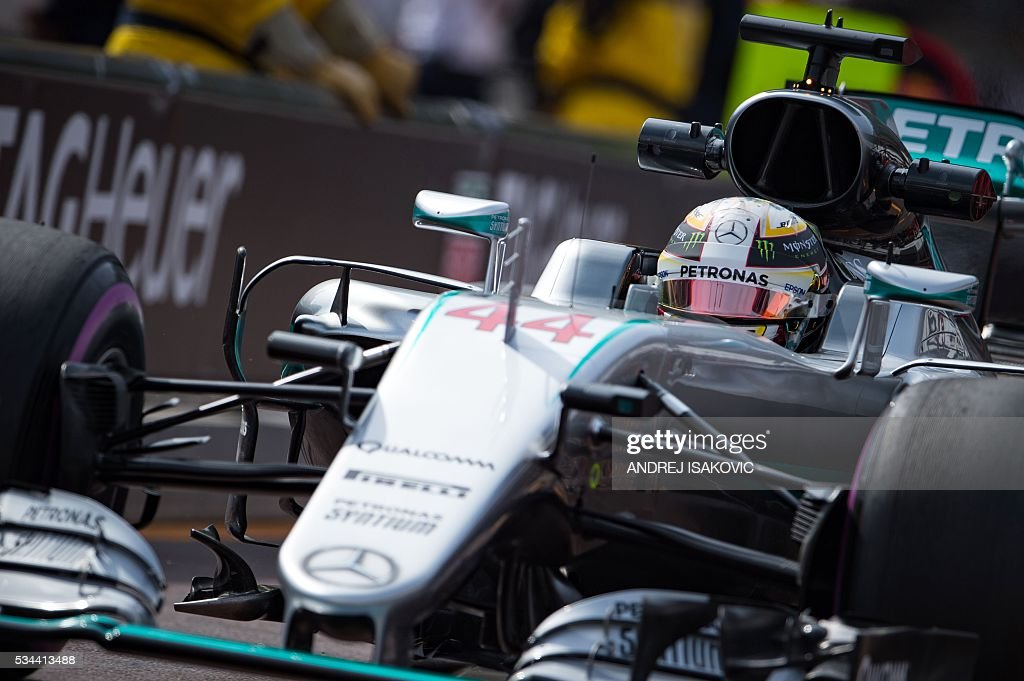 Mercedes AMG Petronas F1 Team's British driver Lewis Hamilton drives during the first practice session at the Monaco street circuit, on May 26, 2016 in Monaco, three days ahead of the Monaco Formula 1 Grand Prix. / AFP / ANDREJ