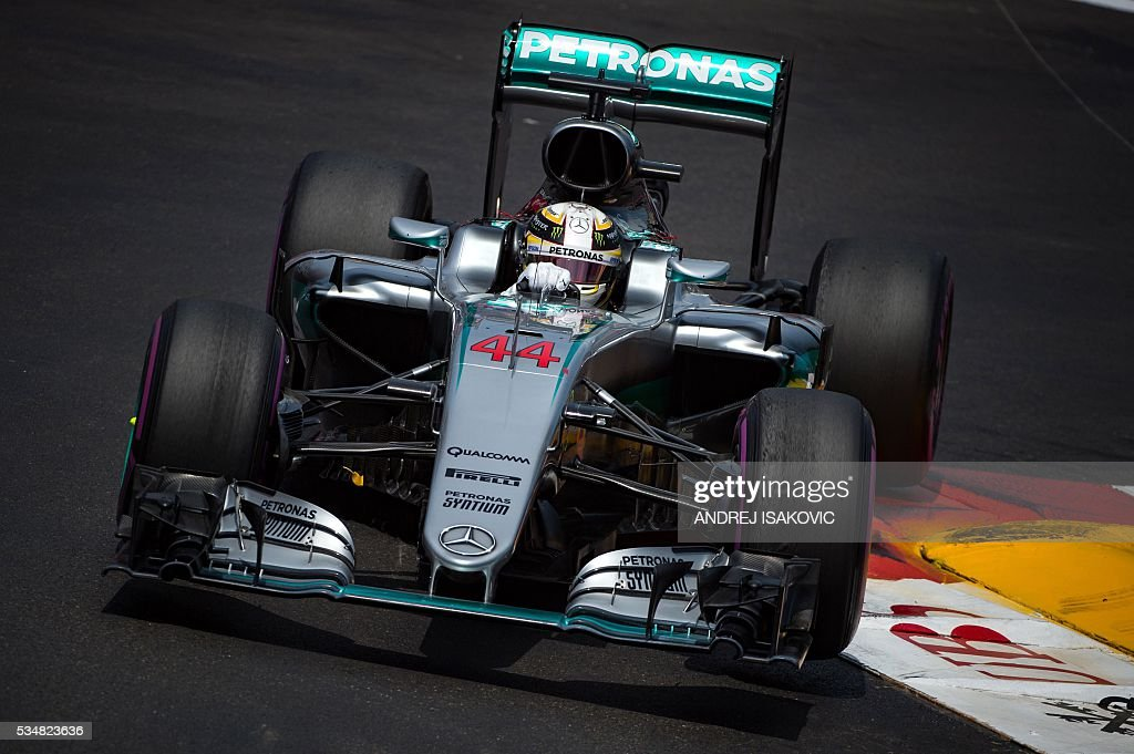 Mercedes AMG Petronas F1 Team's British driver Lewis Hamilton drives uring the qualifying session at the at the Monaco street circuit, on May 28, 2016 in Monaco, one day ahead of the Monaco Formula 1 Grand Prix. / AFP / ANDREJ