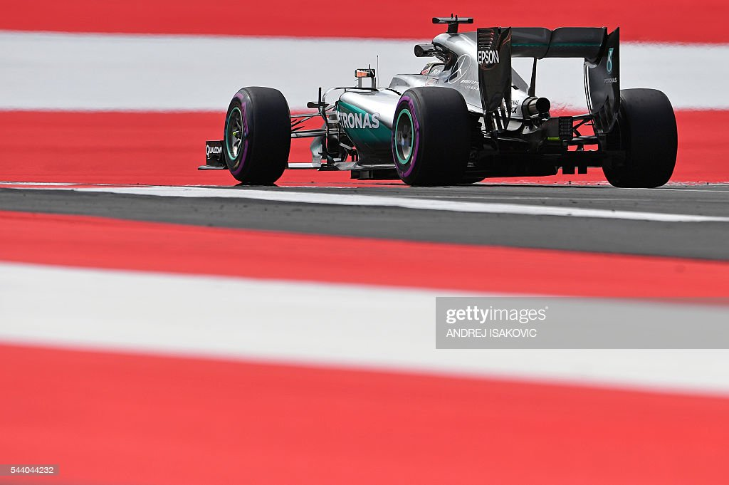 Mercedes AMG Petronas F1 Team's British driver Lewis Hamilton during the first practice session of the Formula One Grand Prix of Austria at the Red Bull Ring in Spielberg, Austria on July 1, 2016. / AFP / ANDREJ