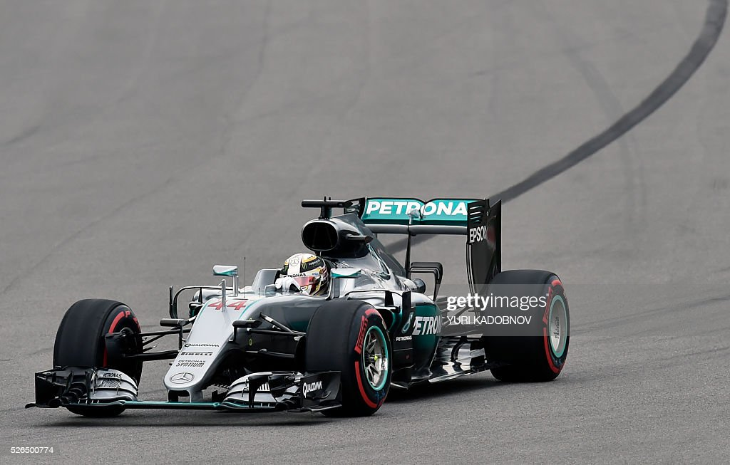 Mercedes AMG Petronas F1 Team's British driver Lewis Hamilton steers his car during the qualifying session of the Formula One Russian Grand Prix at the Sochi Autodrom circuit on April 30, 2016. / AFP / YURI