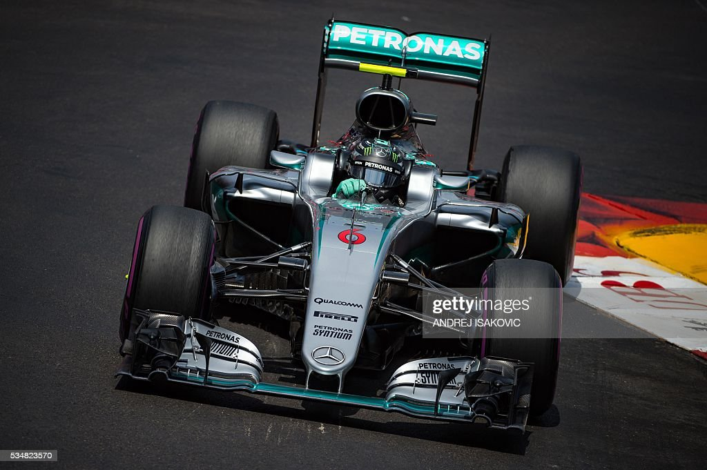 Mercedes AMG Petronas F1 Team's German driver Nico Rosberg drives during the qualifying session at the at the Monaco street circuit, on May 28, 2016 in Monaco, one day ahead of the Monaco Formula 1 Grand Prix. / AFP / ANDREJ
