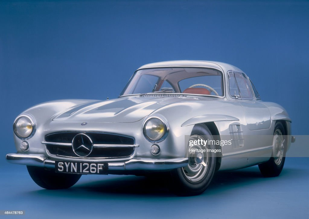 mercedes benz 300 sl gullwing mercedes introduced the 300sl its pictures getty images. Black Bedroom Furniture Sets. Home Design Ideas