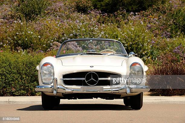 Mercedes Benz 300 SL roadster 1958 By Simon Clay