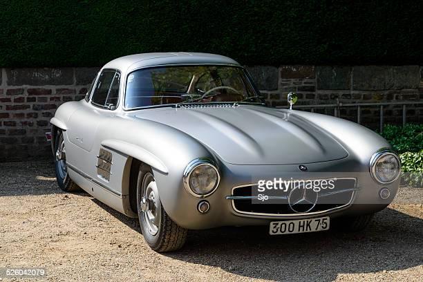 Mercedes-Benz 300 sl clásico sports car Vista de frente